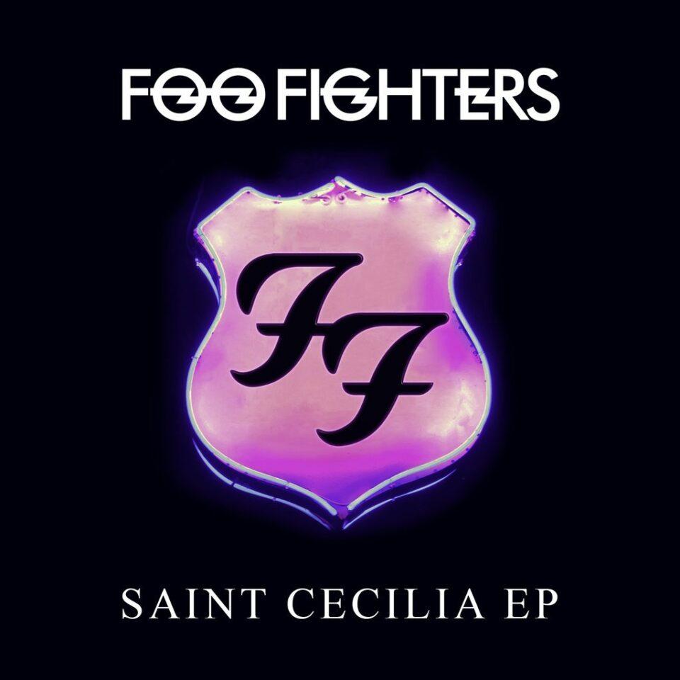 'Saint Cecilia' se puede descargar gratis en la web oficial de la banda y está disponible en Deezer, Spotify, Apple Music y en YouTube.