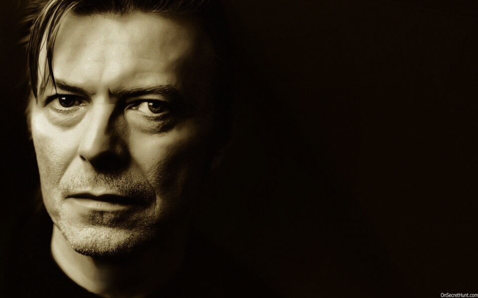 David-Bowie-Wallpaper1-960x600.jpg