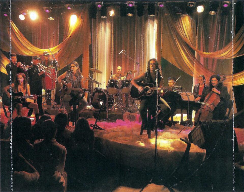 Ekhymosis durante la grabación del MTV Unplugged.