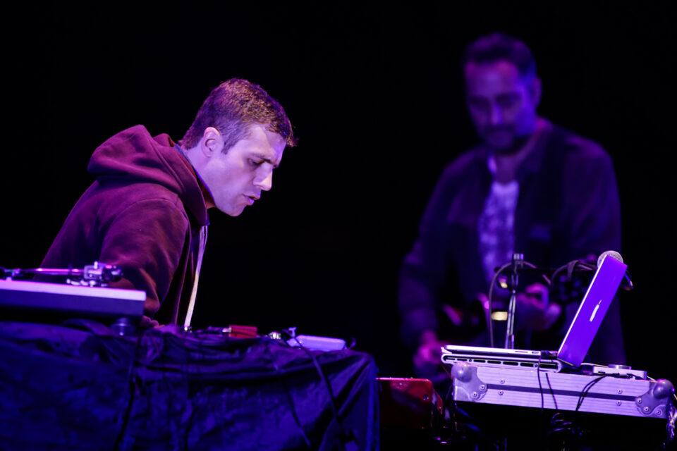 Luciano Supervielle y Jorge Drexler presentaron su show 'Perfume' en Bogotá. Foto: Jhon Paz