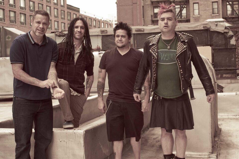 Erik Sandin, Eric Melvin, El Hefe y Fat Mike.
