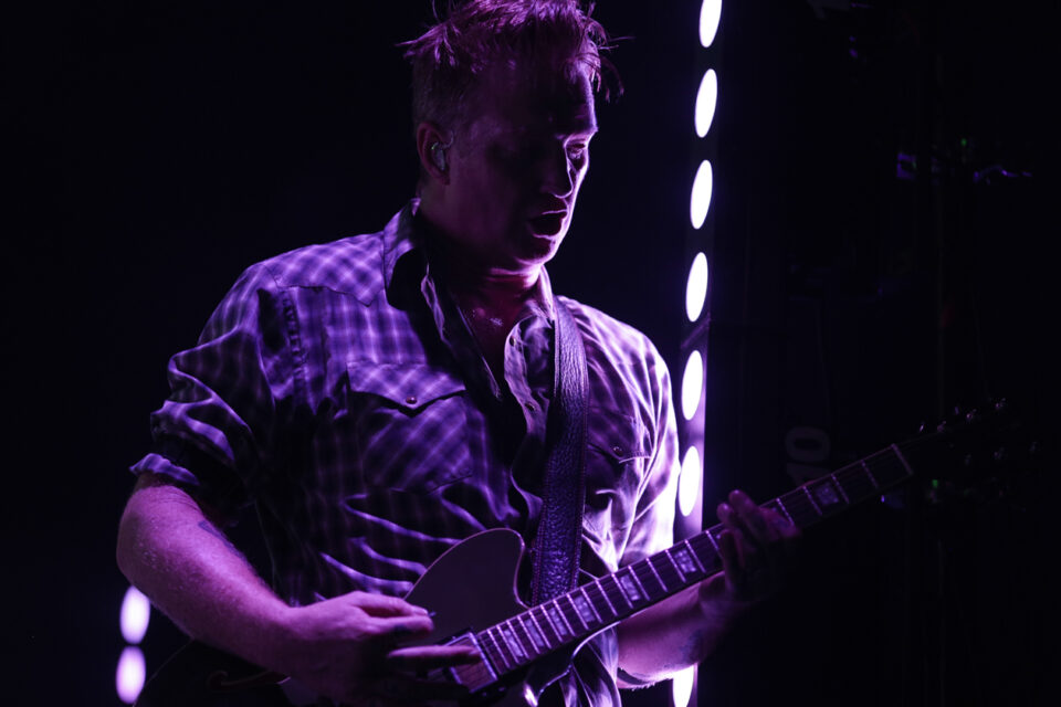Queens of the stone age C-12