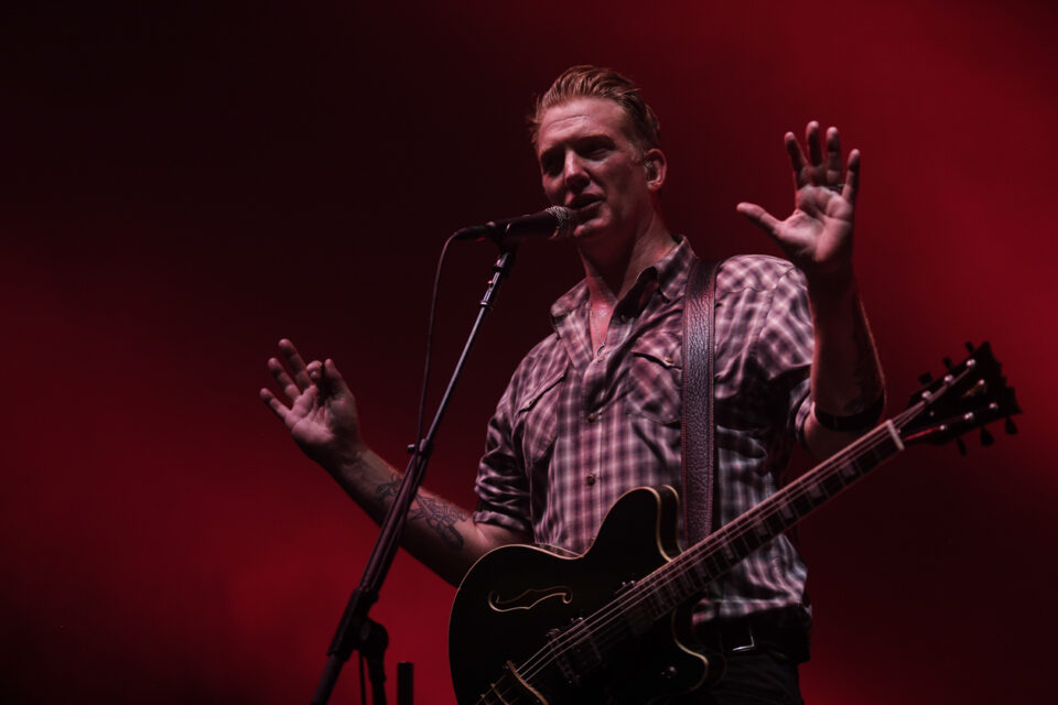 Queens of the stone age C-14
