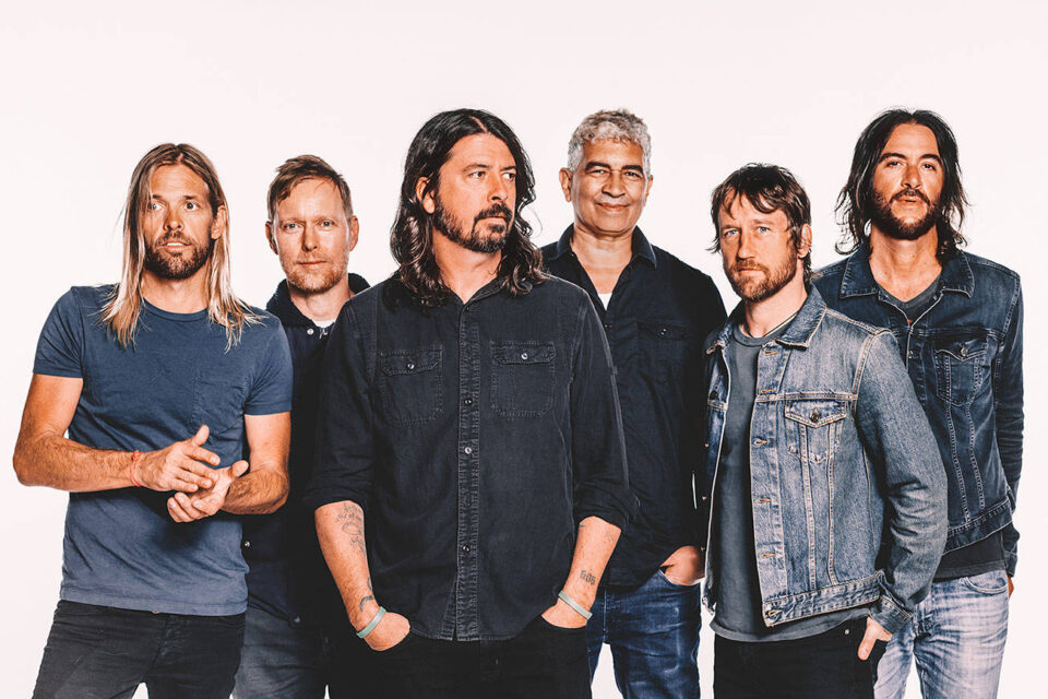 Foo-Fighters-2-960x640.jpg