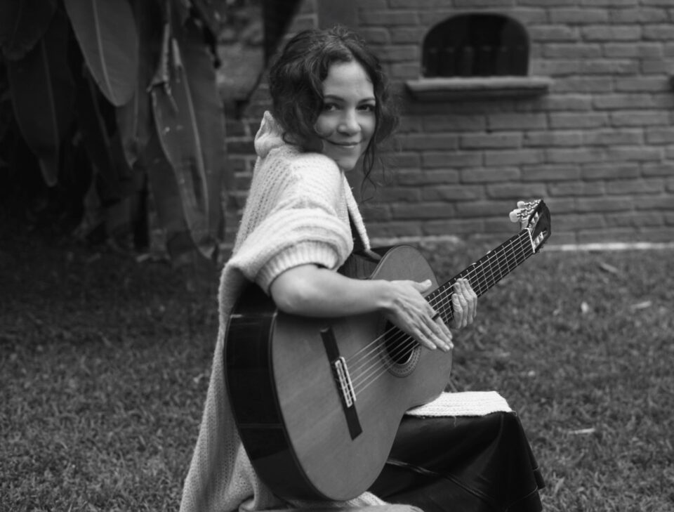 Natalia-Lafourcade-un-canto-por-México-960x729.jpg